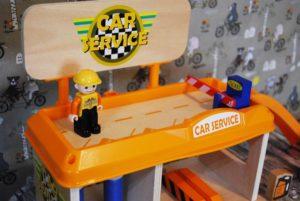 Spielzeug-Tankstelle aus Holz Kinder Spielzeug Amazon 04