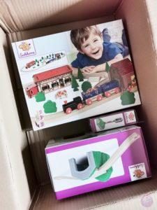 Toy Boxx September Eichhorn Holzbahn Spielzeug 01