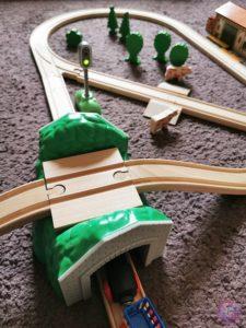 Toy Boxx September Eichhorn Holzbahn Spielzeug 11